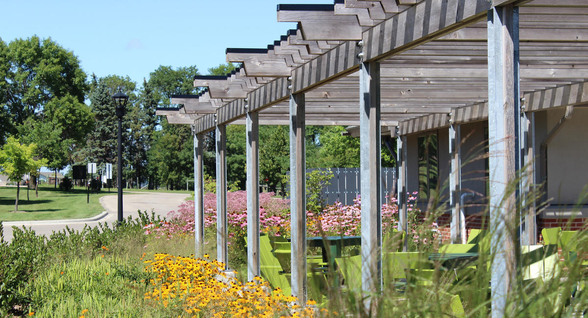 Green Prairie Community patio